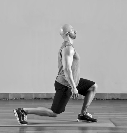 Strengthening your core: Right and wrong ways to do lunges, squats