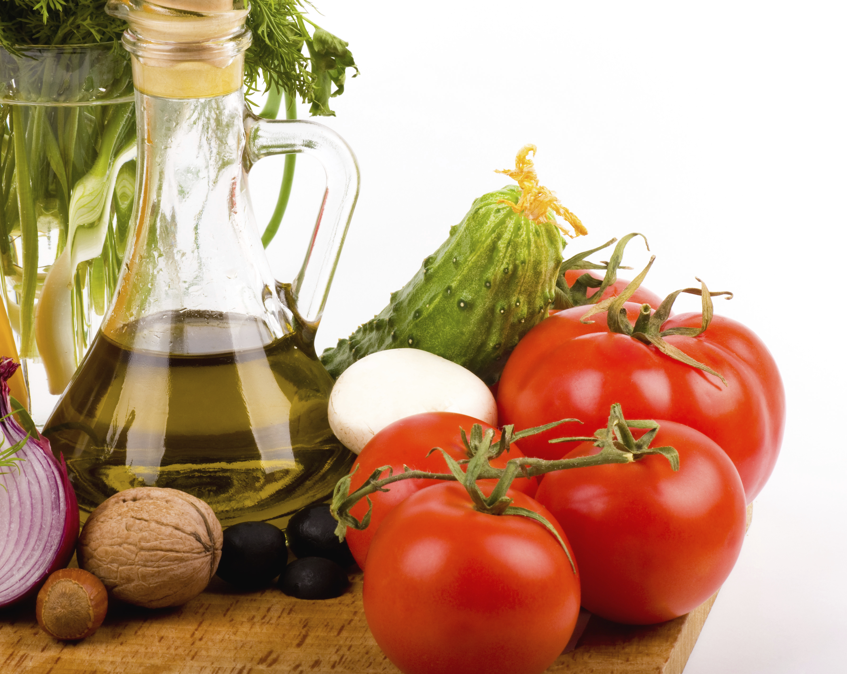 Mediterranean diet may help counteract age-related ...