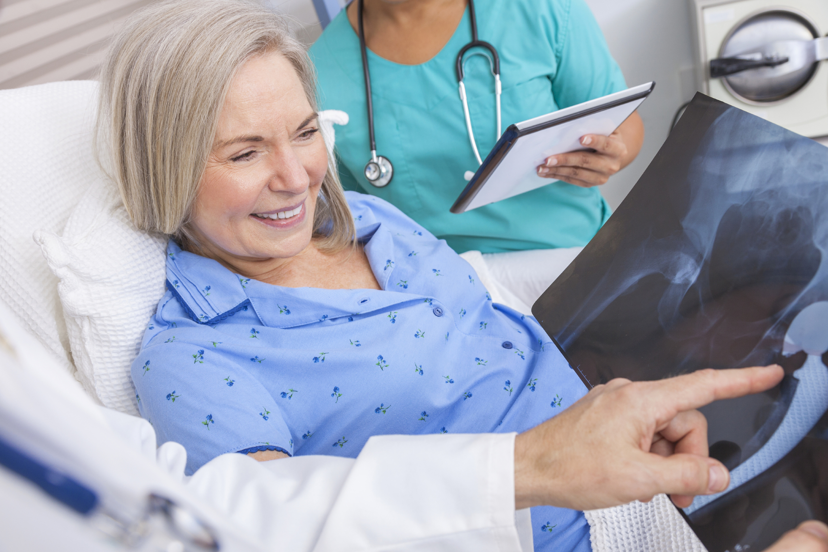 Physical therapy after hip replacement: Can rehab happen at